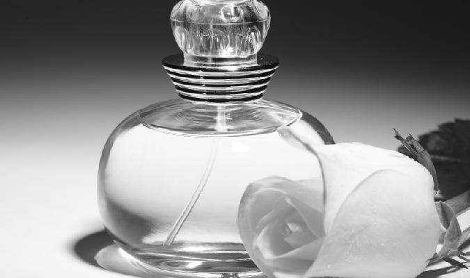 香水の使い方