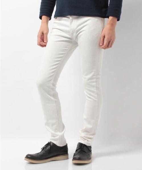 春メンズファッション 痩せ型におすすめのズボン