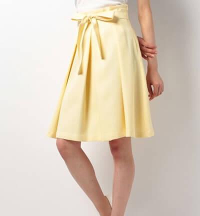 アラサー春デート服 カラースカート イエロー