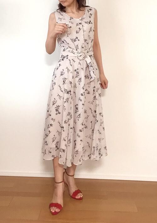 30代女性のデート服・上品ワンピース
