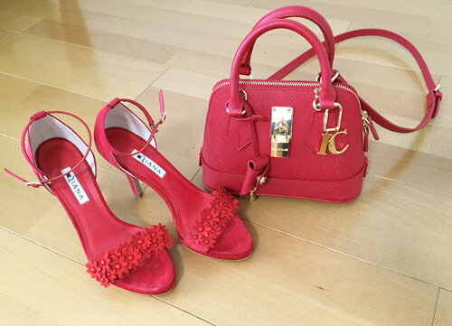 Samantha Thavasa Deluxeの赤いバッグ
