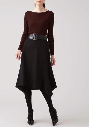 婚活デート服秋40代女性 フィッシュテールスカート