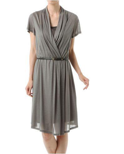 婚活女性の服装。アラフォー